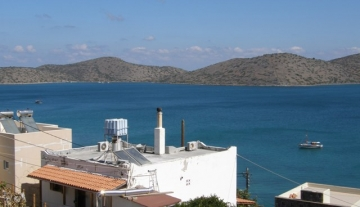 ELUC422- 160m2 detached house on 1600 m2 plot in Elounda