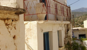 THKX1265-70 m2 Traditional home in Kalo Chorio