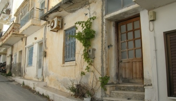AGUN8542 – 43m2 house on 50m2 plot in Aghios Nikoloas, Crete.